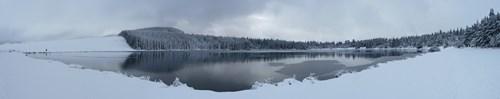 Panorama du lac de servières