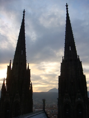 sites à visiter à Clermont Ferrand, la cathédrale
