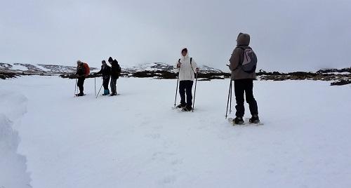 Belle combe neigeuse à proximité du ruisseau de La Jarrige